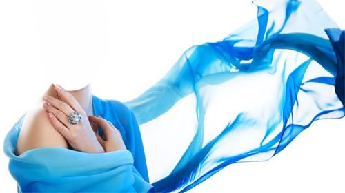 PSD шаблон для девушек - В нежно голубом платье