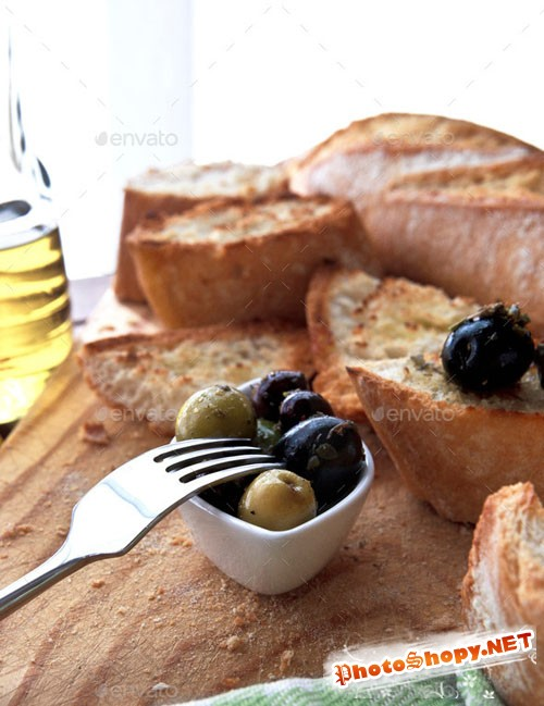 Olives and bread - Photodune 9363850
