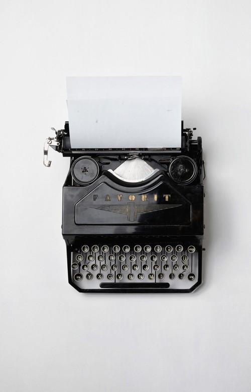 Typewriter Mock-up PSD