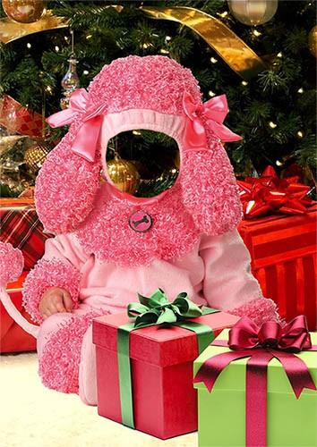Детский фотошаблон - Розовый пудель среди подарков